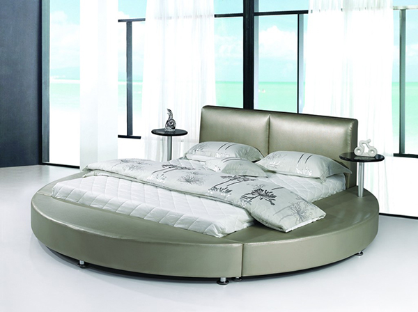 15 stylish and gorgeous round bed designs bedroomm for Round bed design images