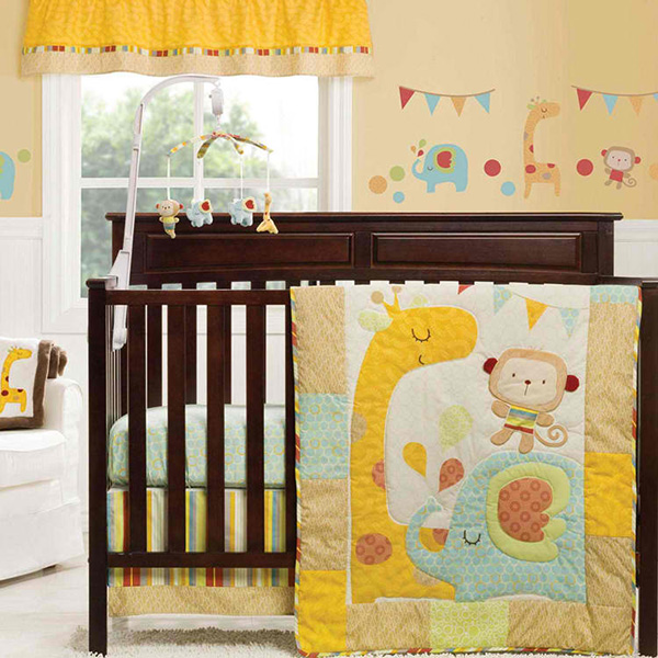 Graco Jungle Friends 4 Piece Crib Set
